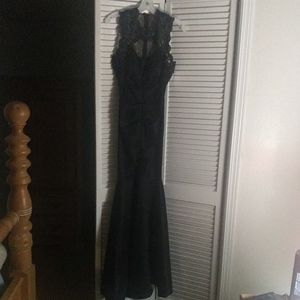 Black fitted mermaid prom dress